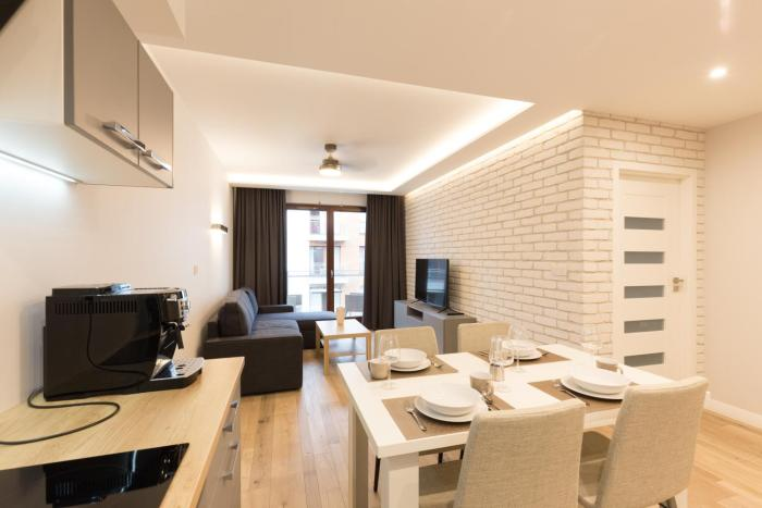 APARTLOGY Aura2 105 Experience intelligent living while travelling