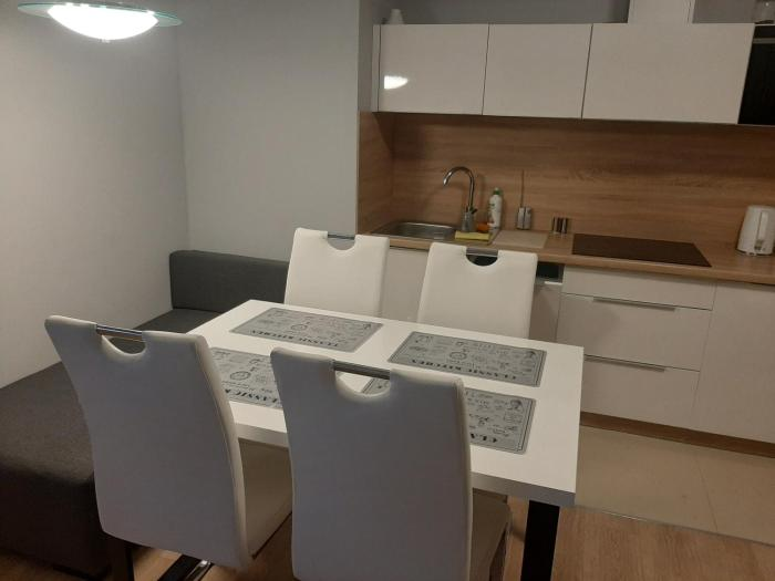 Apartament 19