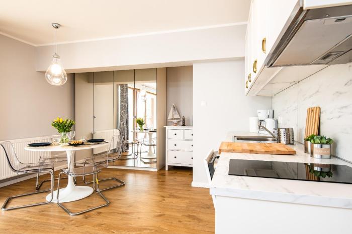 Apartament PRESTIGE z Basenem 5D Apartamenty