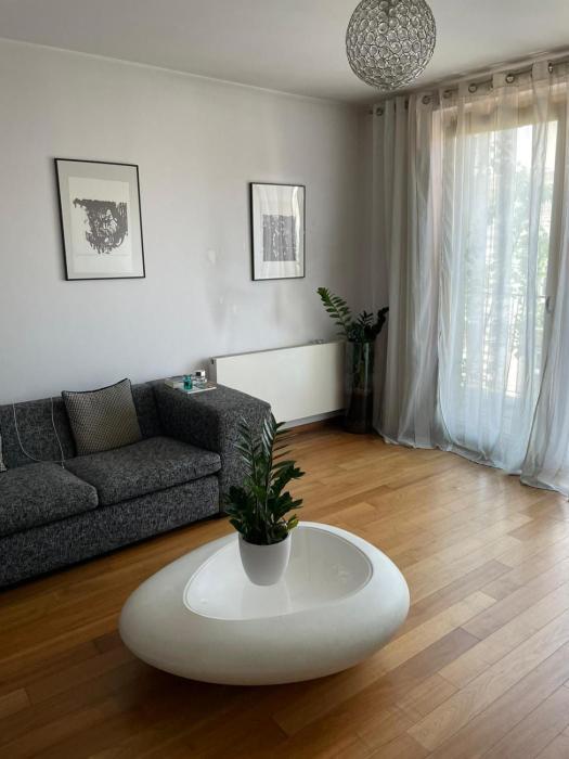 Angel family apartment