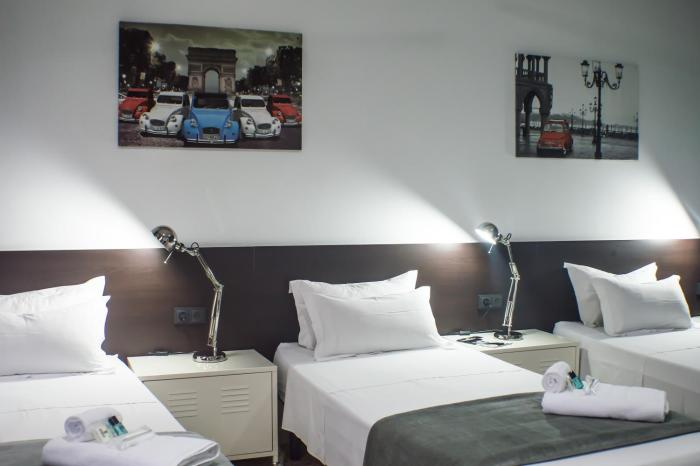 Quart Youth Hostel Apartments