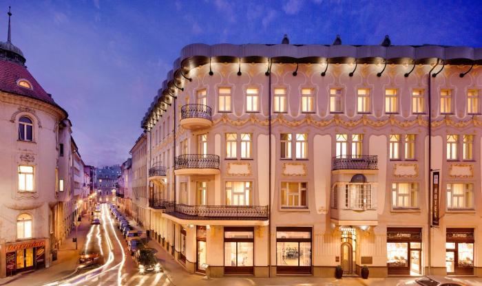 Roset Hotel Residence