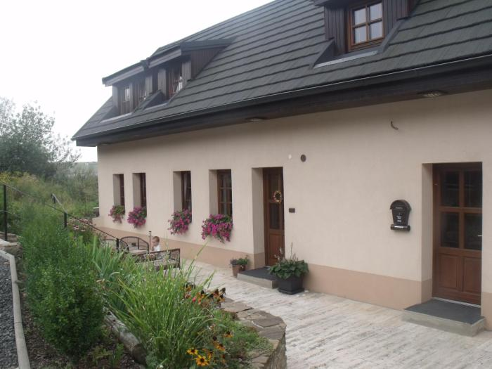 Guest House Tri Korunky
