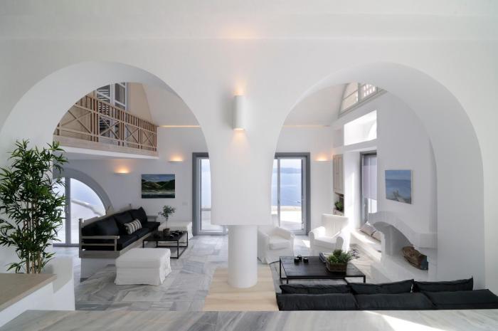 Beautiful Oia Villa
