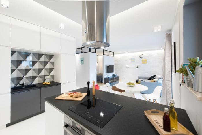 Laurel Apartments