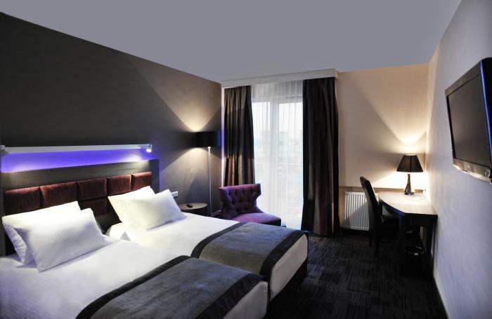 Hotel 3 Trio