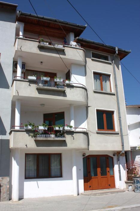 Apartments Yana