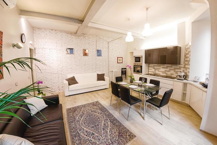 Modern Apartment near Colosseum