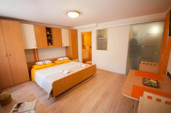 Dario Apartments And Rooms