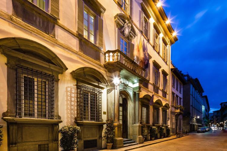 Via Ghibellina 87, Florence, 50122, Italy.