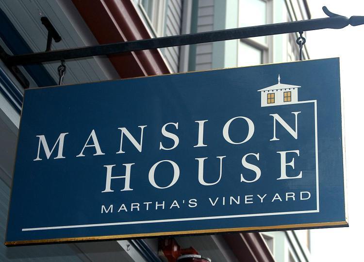 9 Main Street, Vineyard Haven, MA 02568, United States.