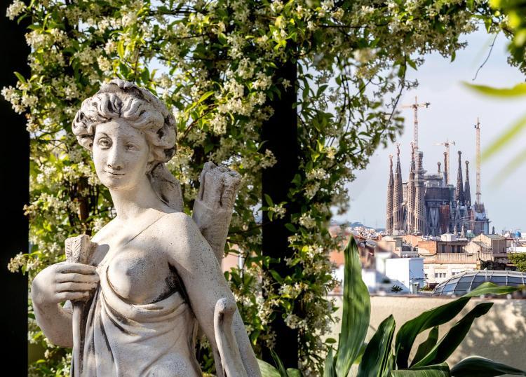 Gran Via de les Corts Catalanes 668, 08010, Eixample, Barcelona, Spain.