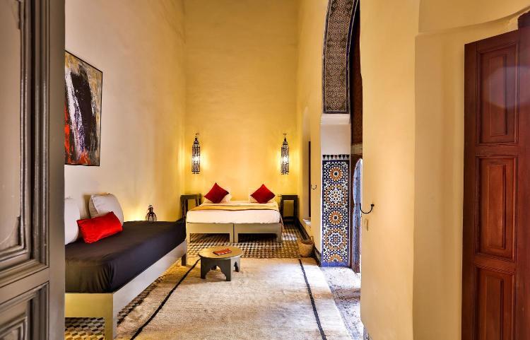 14 Zkak El Bghel, Elquettanine, Fès 30202, Morocco.