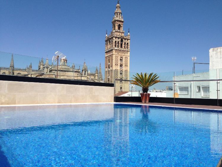 Calle Rodgrigo Caro 6, 41004 Seville, Spain.