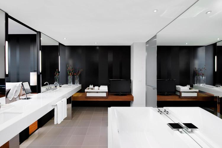 8 Whiteman Street, Southbank VIC 3006, Australia.
