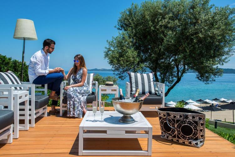 Komitsa Bay, Nea Roda, Halkidiki 63075, Greece.