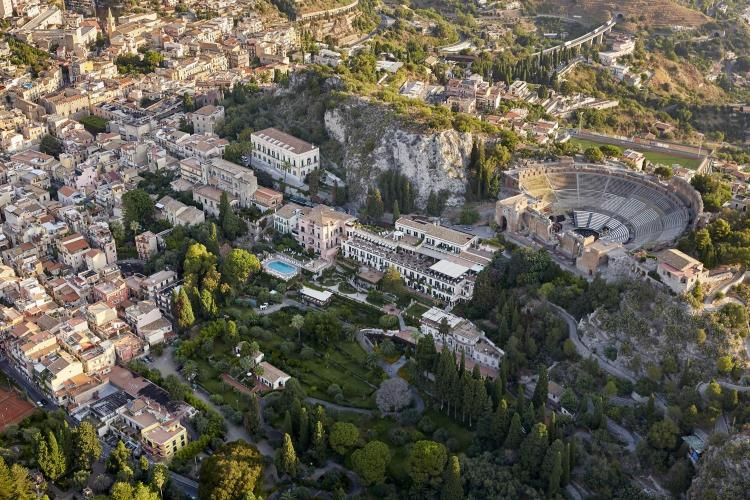 Teatro Greco 59, Taormina, 98039, Italy.
