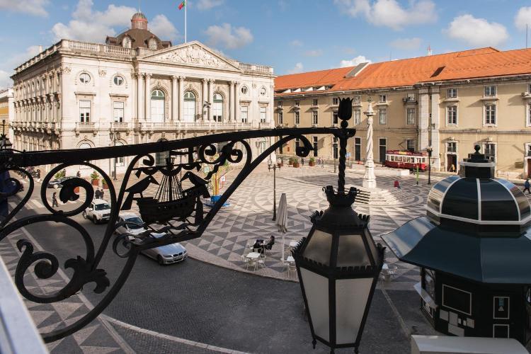 Praҁa do Munícipio, 21, 1100-365, Lisboa, Portugal.
