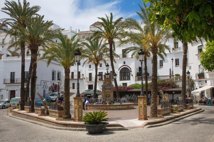 Plaza de España 16, 11150 Vejer de la Frontera, Cádiz, Spain.