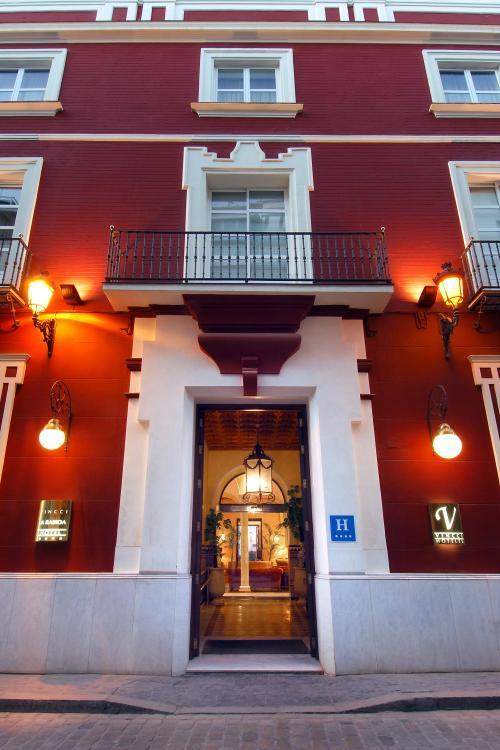Castelar, 24, Seville, 41001, Andalucia, Spain.
