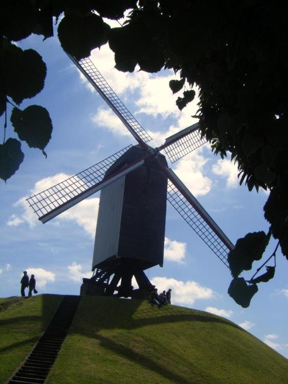 Sint-Annarei 26, 8000 Bruges, Belgium.