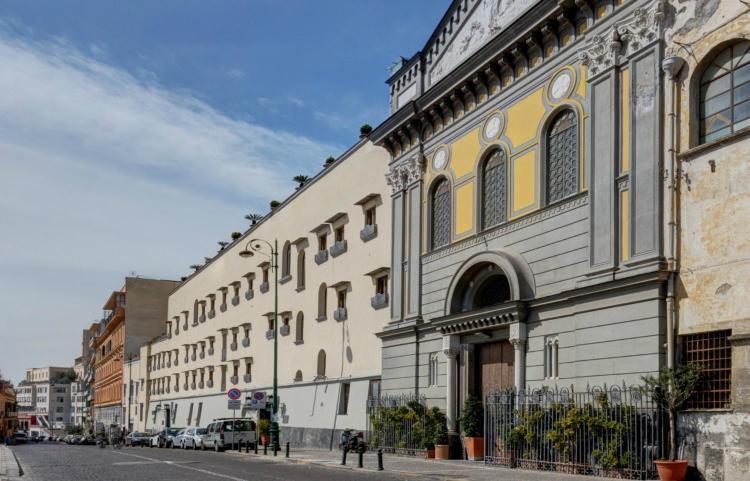 Corso Vittorio Emanuele, 328 80135 Naples, Italy.