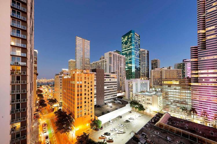 121 SE 1st Street, Miami, FL 33131, United States.