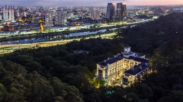 Rua Deputado Laércio Corte, 1501 Panamby, São Paulo, Brazil.