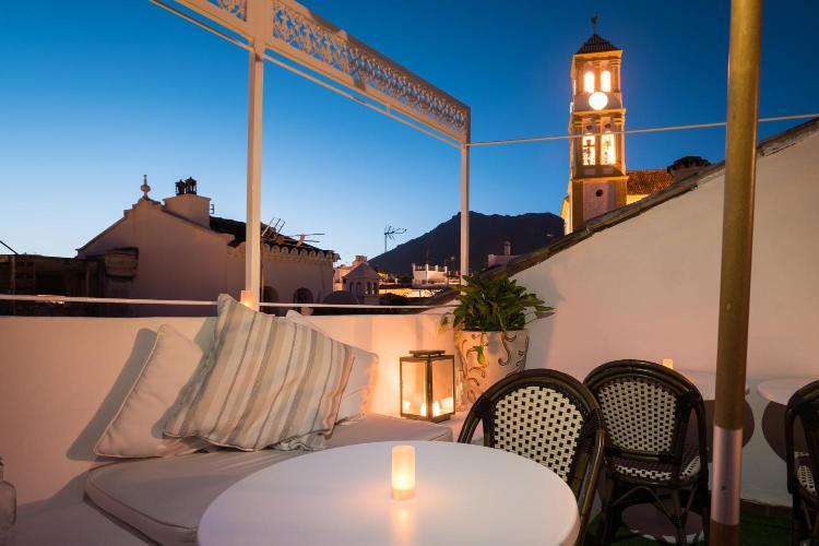 Calle Alderete 7, Plaza Practicante Manuel Cantos, 29600 Marbella, Málaga, Spain.