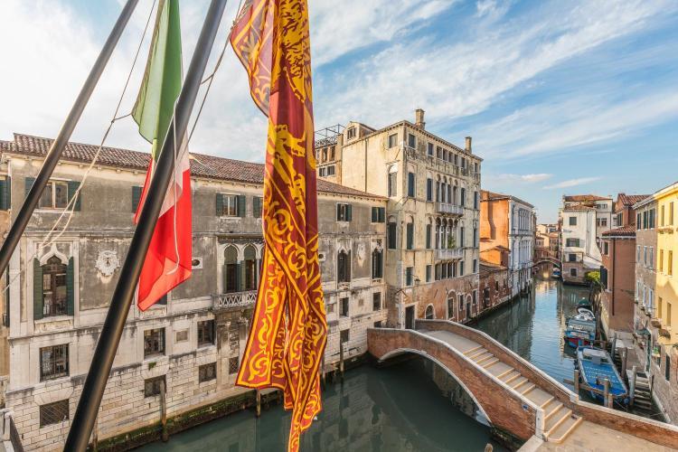 Campiello SantAgostin, San Polo 2348, Venice, Italy.