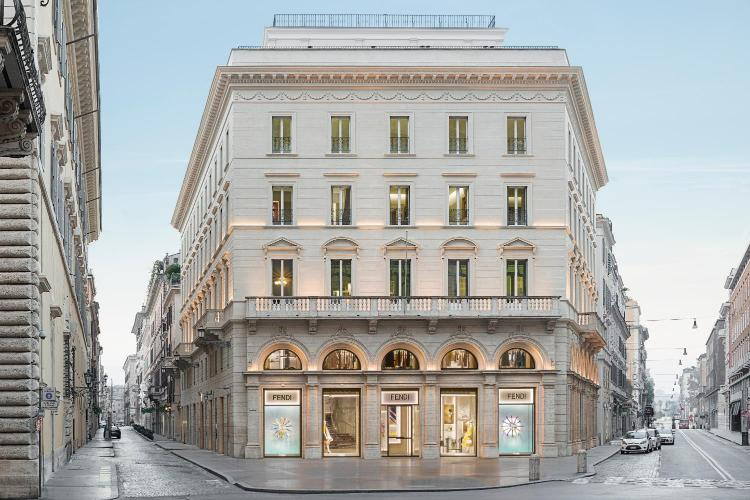 Via della Fontanella di Borghese 48, Rome, Italy.