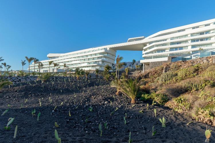 Avenida Virgen de Guadalupe 21, Playa La Enramada, La Caleta, Adeje 38679, Tenerife, Spain.