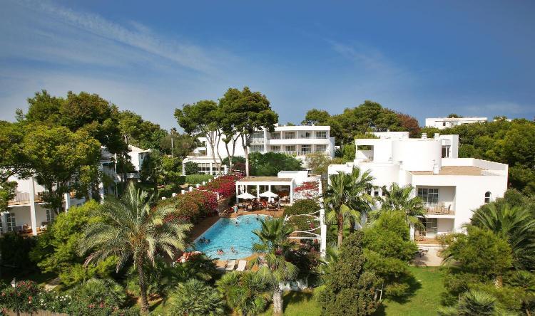 Portinatx, 16-18 Majorca, Cala d'Or 07660 Spain.