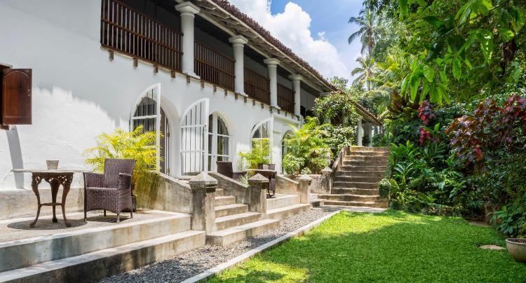 Amunugama Waluwa, Gunnepana, Kandy 20270, Sri Lanka.