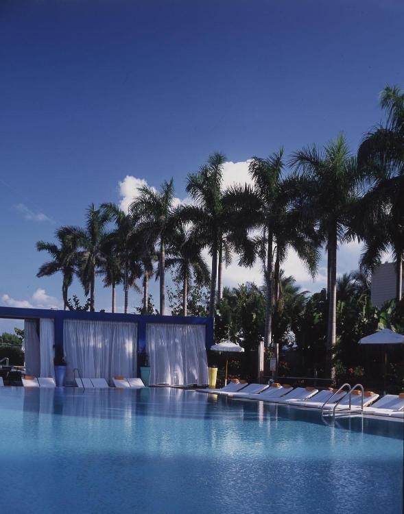 1901 Collins Avenue, South Beach, FL 33139, United States.