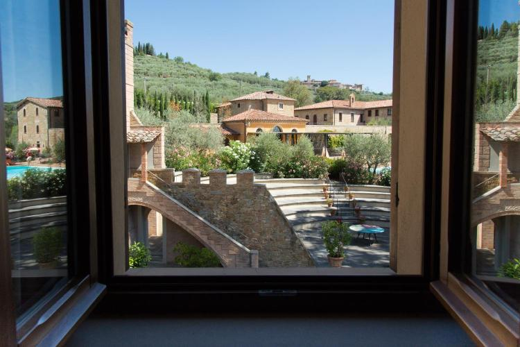Strada Montepetriolo, 26 Castiglione della Valle, Perugia, Umbria, Italy.