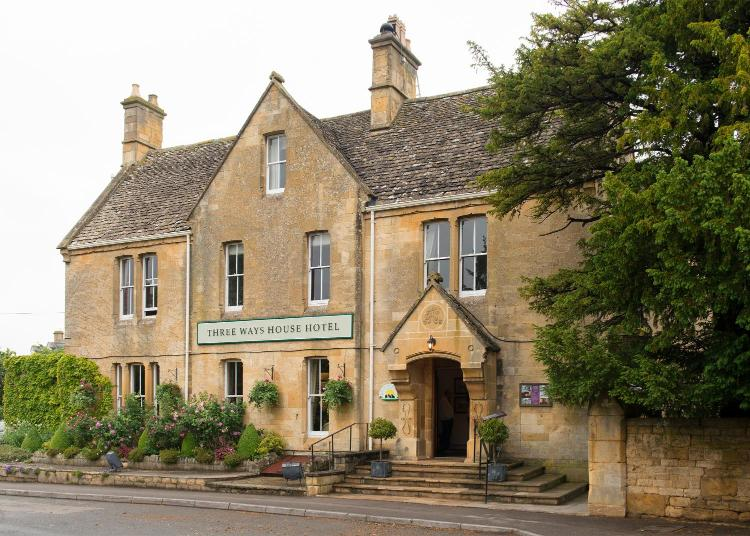 Chapel Lane, Mickleton, Chipping Campden GL55 6SB, England.