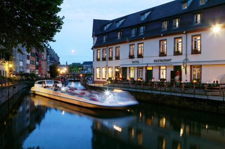 5 rue des Moulins, Place Henri Dunant, F-67000 Strasbourg, France.