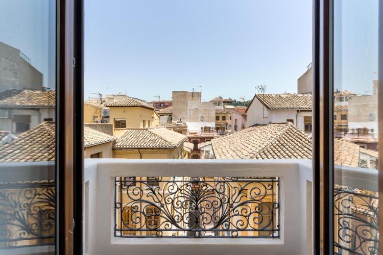 Calle Mesones, 15, 18001 Granada, Andalucia, Spain.