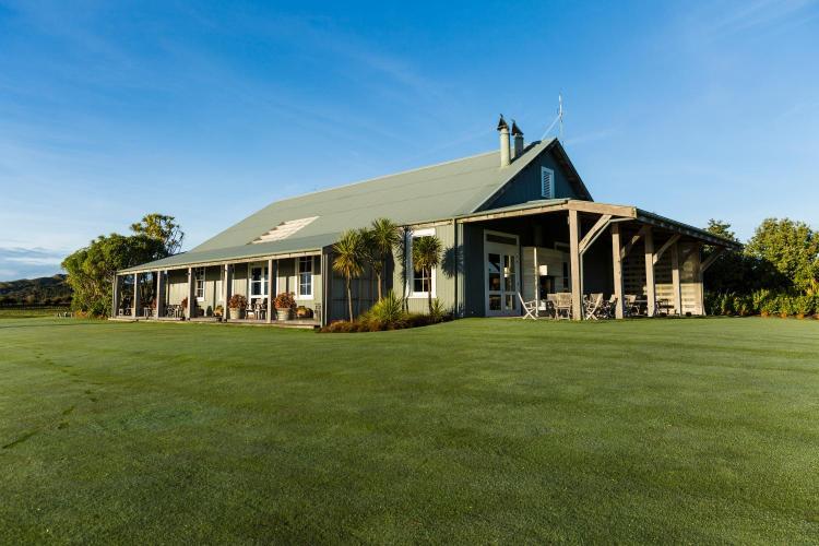 446 Clifton Rd, Te Awanga 4172, New Zealand.