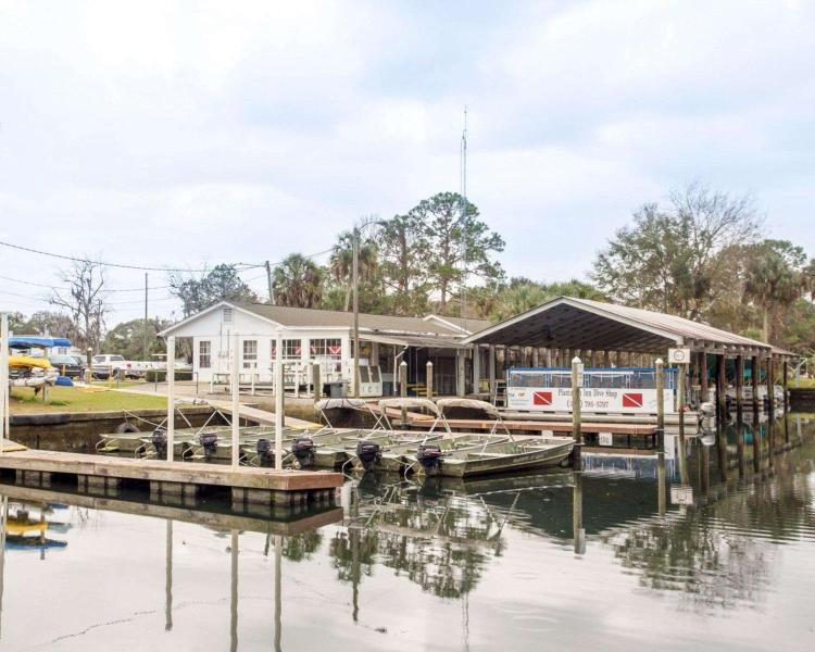 9301 W. Fort Island Trail, Crystal River, Florida, 34429, United States.