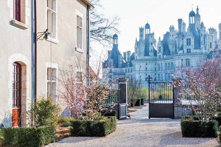 Place St-Louise, 41250 Chambord, France.