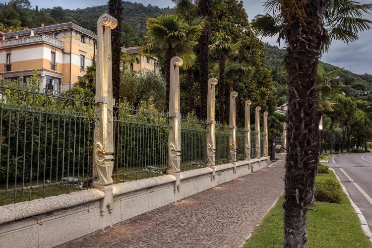 Viale Landi 9, 25087 Salò, Italy.