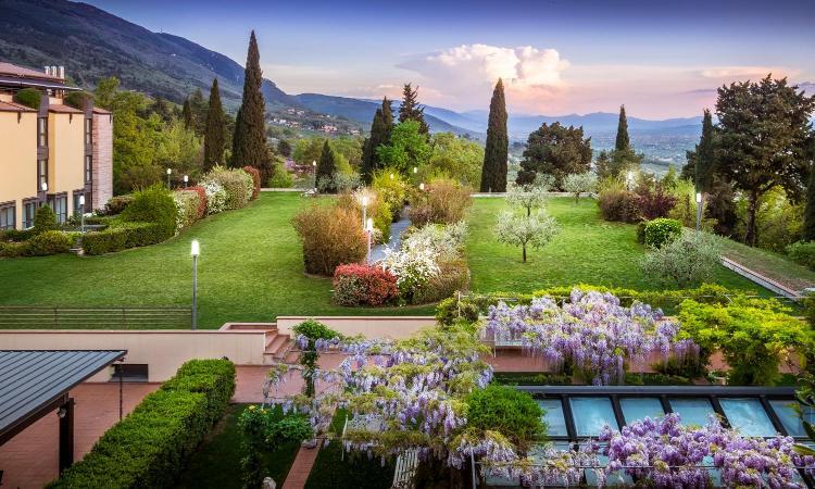 Via Giovanni Renzi 2, 06081 Assisi, Italy.