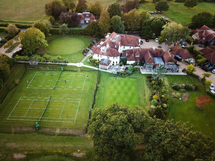 Bepton, Nr. Midhurst, West Sussex GU29 0JB, England.