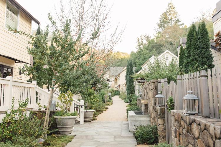 7871 River Road, Forestville, Sonoma County, California 95436, United States.