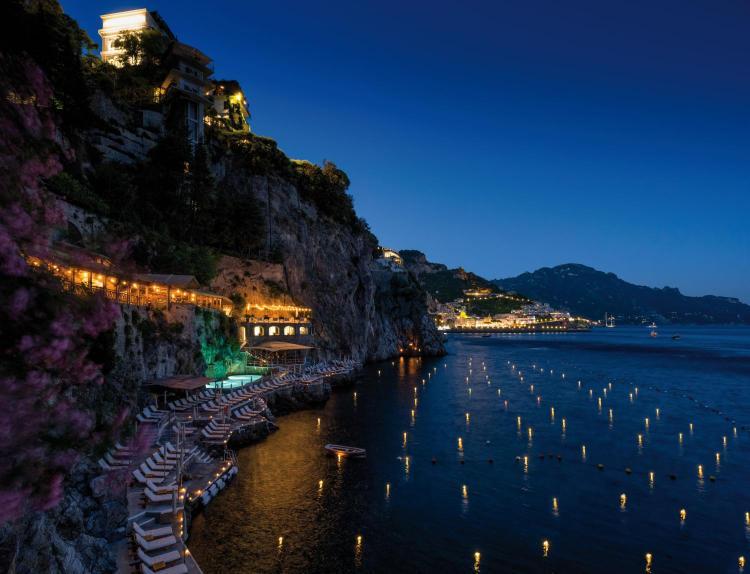 S.S. Amalfitana, 9, Amalfi, 84011, Italy.