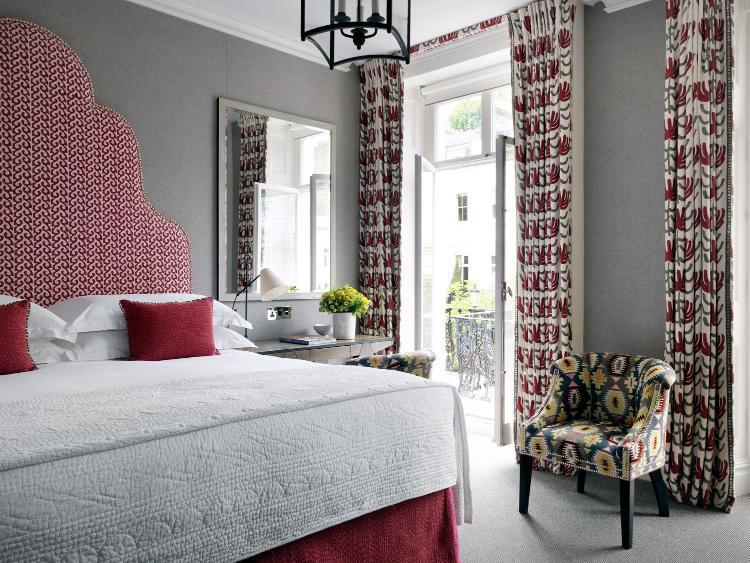 16 Sumner Place, South Kensington, London, England, United Kingdom, SW7 3EG.