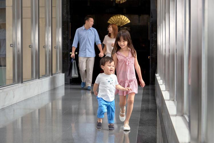 5 Connaught Road, Central, Hong Kong.