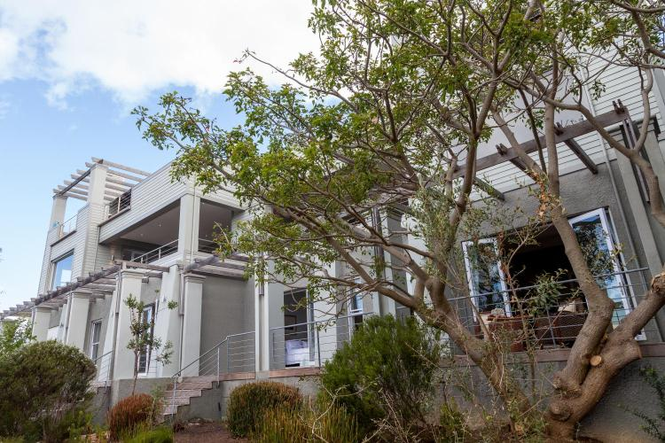 7 Gay Road, Simonstown, Cape Town, South Africa.
